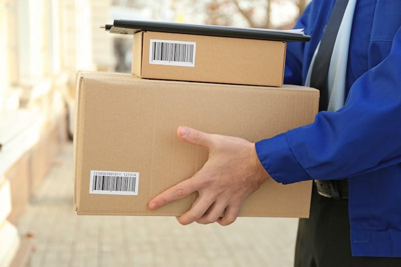 E-Commerce Retailers Compete With Amazon 2 - ParcelPlanet